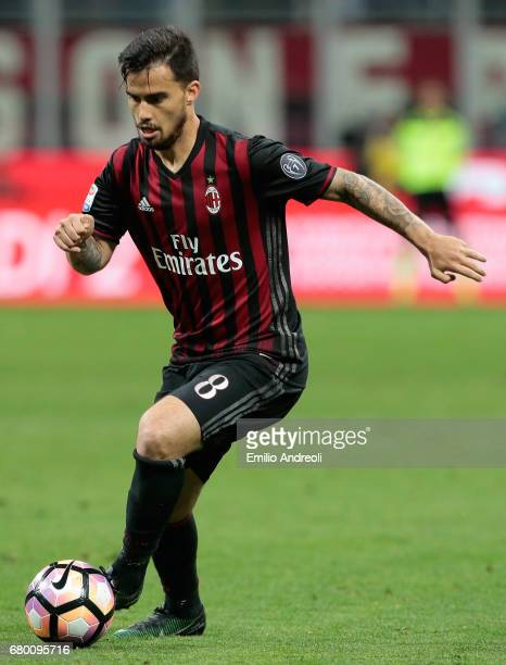 Suso of AC Milan in action during the Serie A match between AC Milan and AS Roma at Stadio Giuseppe Meazza on May 7 2017 in Milan Italy