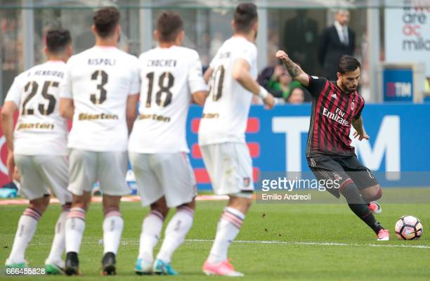 Suso of AC Milan scores the opening goal during the Serie A match between AC Milan and US Citta di Palermo at Stadio Giuseppe Meazza on April 9 2017...
