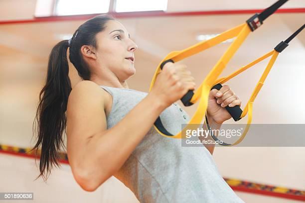 Suspensión ejercicio con correas