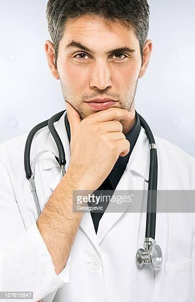 Verdächtige Arzt