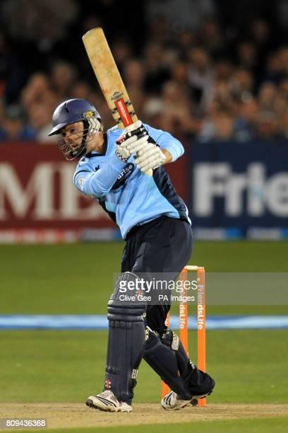 Sussex Sharks' Chris Nash bats