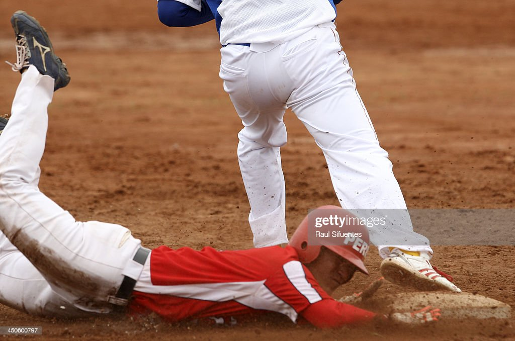 Susumo Yoza of Peru during the match between Peru and Venezuela as part of the XVII Bolivarian Games Trujillo 2013 at Villa Regional del Callao on November 19, 2013 in Lima, Peru.