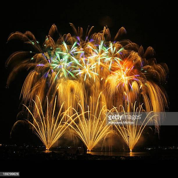 Suwa lake firework Festival