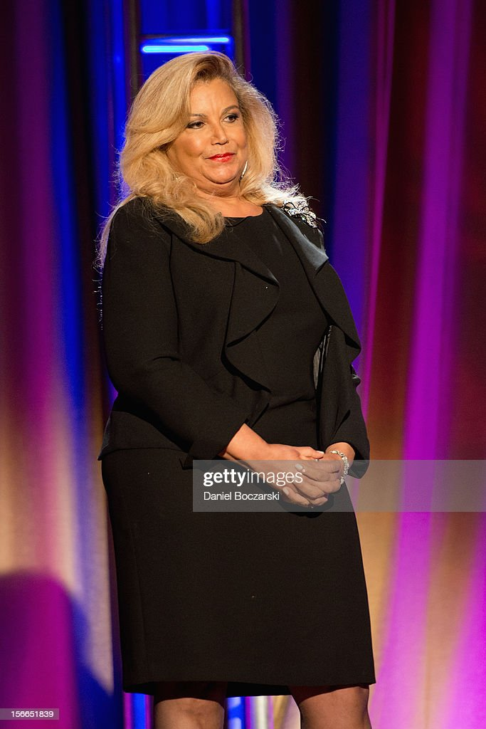 Suzanne de Passe attends An Evening with Berry Gordy at the Art Institute Of Chicago on November 17, 2012 in Chicago, Illinois.
