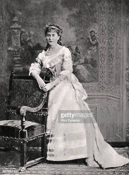 Suzanne Reichenberg French actress 1883 The dessert Crepes Suzette is named after Suzanne Reichenberg A photograph from Album de Photographies dans...
