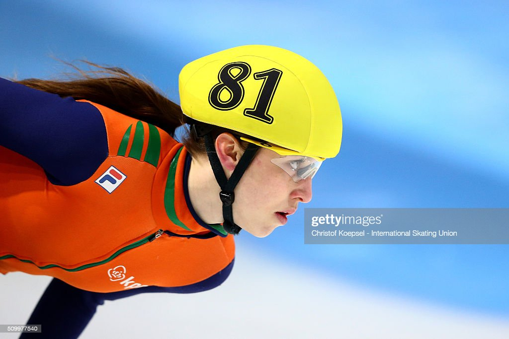 Suzanne Schulting of Netherlands skates during the ladies 1500m final A during Day 2 of ISU Short Track World Cup at Sportboulevard on February 13, 2016 in Dordrecht, Netherlands.