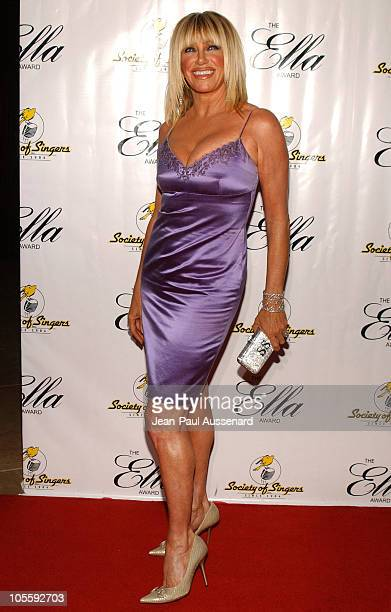 Suzanne Somers during Society of Singers 14th Annual Awards Honoring Sir Elton John at Beverly Hilton Hotel in Beverly Hills California United States