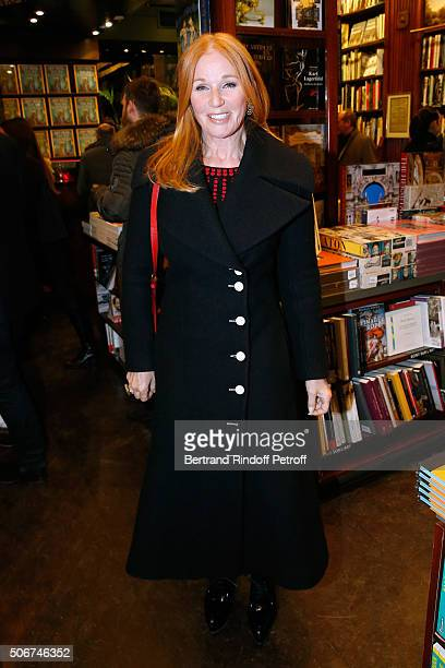 Suzanne Syz attends Princess Gloria Von Thurn und Taxis signs her Book 'The House of Thurn und Taxis' Held at Librairie Galignani on January 25 2016...