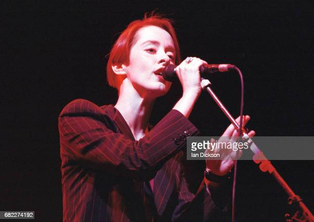 Suzanne Vega performing on stage at Hammersmith Odeon London 15 April 1993