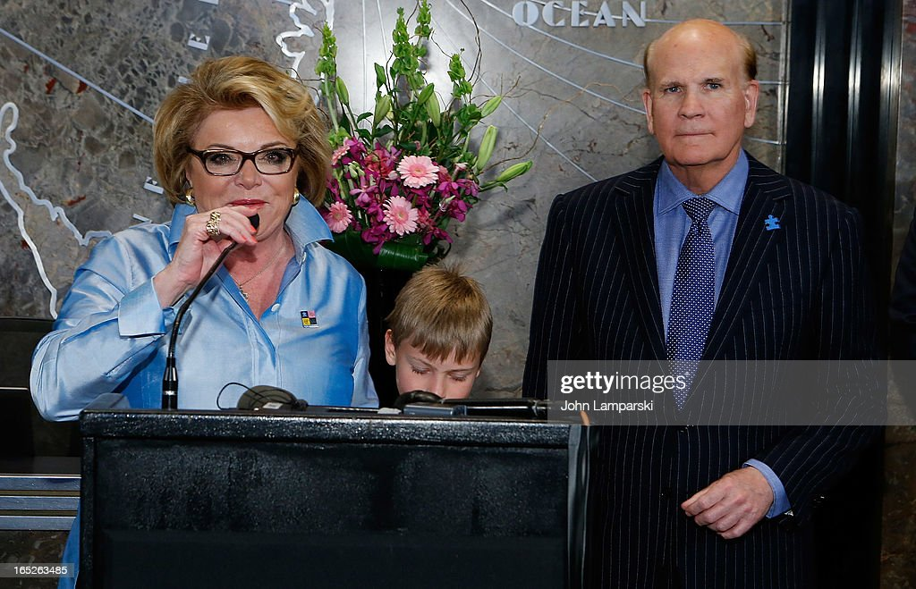 <a gi-track='captionPersonalityLinkClicked' href=/galleries/search?phrase=Suzanne+Wright&family=editorial&specificpeople=620254 ng-click='$event.stopPropagation()'>Suzanne Wright</a> and <a gi-track='captionPersonalityLinkClicked' href=/galleries/search?phrase=Bob+Wright&family=editorial&specificpeople=215445 ng-click='$event.stopPropagation()'>Bob Wright</a> attend 'World Autism Awareness Day' Celebration at The Empire State Building on April 2, 2013 in New York City.