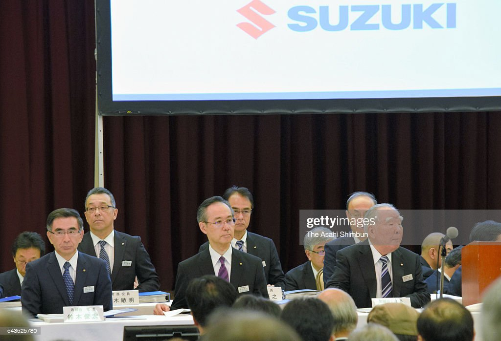 Suzuki Motor Co CEO and Chairman <a gi-track='captionPersonalityLinkClicked' href=/galleries/search?phrase=Osamu+Suzuki&family=editorial&specificpeople=580987 ng-click='$event.stopPropagation()'>Osamu Suzuki</a> (R) and President Toshihiro Suzuki (L) wait for the opening of the annual shareholders' meeting on June 29, 2016 in Hamamatsu, Shizuoka, Japan.