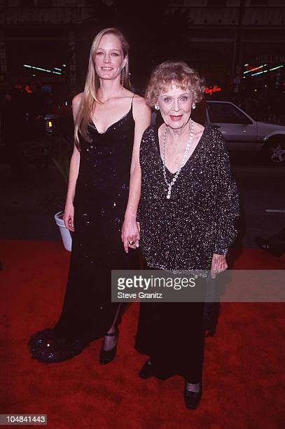 Suzy Amis Gloria Stuart during 'Titanic' Los Angeles Premiere 1997 at Mann Chinese Theatre in Hollywood California United States