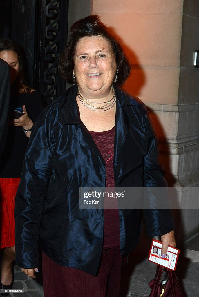 <a gi-track='captionPersonalityLinkClicked' href=/galleries/search?phrase=Suzy+Menkes&family=editorial&specificpeople=816435 ng-click='$event.stopPropagation()'>Suzy Menkes</a> attends the Azzedine Alaia Exhibition : At Palais Galliera, Fashion Museum In Paris on September 25, 2013 in Paris, France.