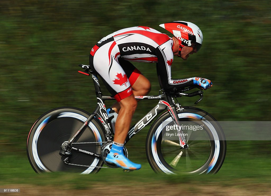 <a gi-track='captionPersonalityLinkClicked' href=/galleries/search?phrase=Svein+Tuft&family=editorial&specificpeople=797693 ng-click='$event.stopPropagation()'>Svein Tuft</a> of Canada in action during the Elite Men's Time Trial at the 2009 UCI Road World Championships on September 24, 2009 in Mendrisio, Switzerland.