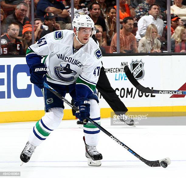 Sven Baertschi of the Vancouver Canucks handles the puck during the game against the Anaheim Ducks on October 12 2015 at Honda Center in Anaheim...