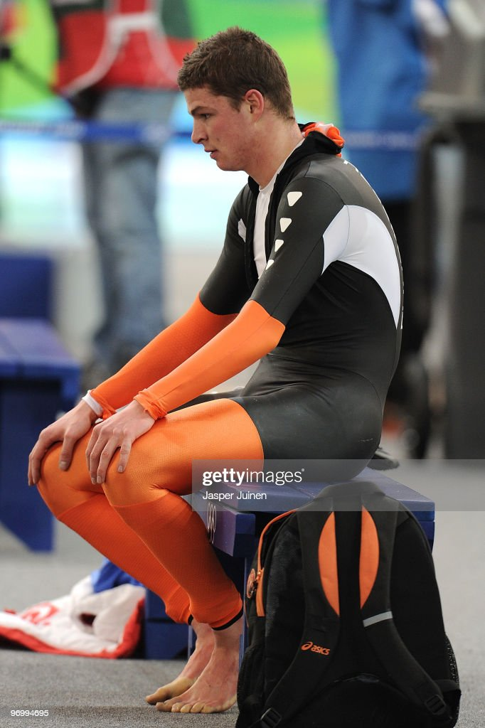 <a gi-track='captionPersonalityLinkClicked' href=/galleries/search?phrase=Sven+Kramer&family=editorial&specificpeople=769363 ng-click='$event.stopPropagation()'>Sven Kramer</a> of Netherlands reacts after finishing first but being disqualified in the men's speed skating 10000 m on day 12 of the 2010 Vancouver Winter Olympics at Richmond Olympic Oval on February 23, 2010 in Vancouver, Canada.