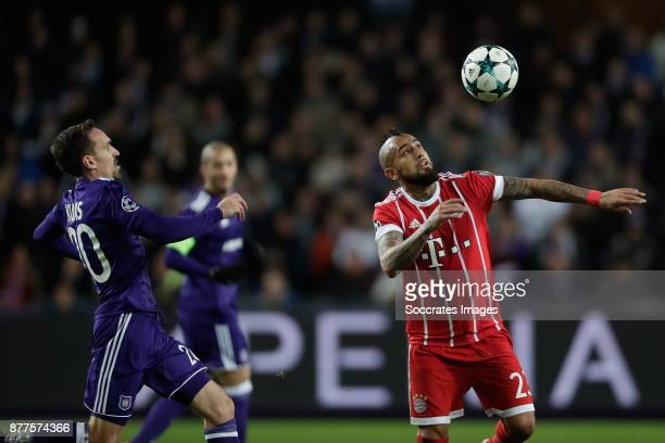 Sven Kums of Anderlecht Arturo Vidal of FC Bayern Munchen during the UEFA Champions League match between Anderlecht v Bayern Munchen at the Constant...
