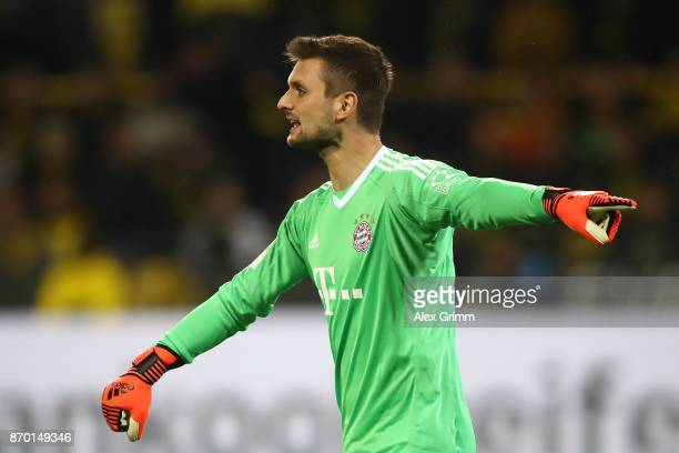 Sven Ulreich of Bayern Muenchen during the Bundesliga match between Borussia Dortmund and FC Bayern Muenchen at Signal Iduna Park on November 4 2017...