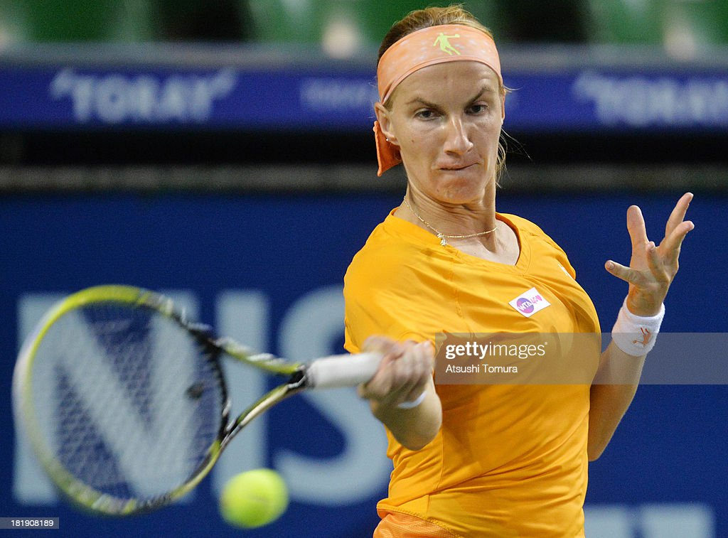 <a gi-track='captionPersonalityLinkClicked' href=/galleries/search?phrase=Svetlana+Kuznetsova&family=editorial&specificpeople=167249 ng-click='$event.stopPropagation()'>Svetlana Kuznetsova</a> of Russia in action during her women's singles quarter final match against Petra Kvitova of Czech Republic during day five of the Toray Pan Pacific Open at Ariake Colosseum on September 26, 2013 in Tokyo, Japan.
