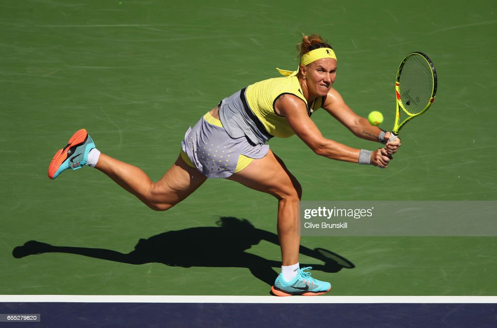 Svetlana Kuznetsova of Russia plays a backhand against Elena Vesnina of Russia in the womens final during day fourteen of the BNP Paribas Open at Indian Wells Tennis Garden on March 19, 2017 in Indian Wells, California.