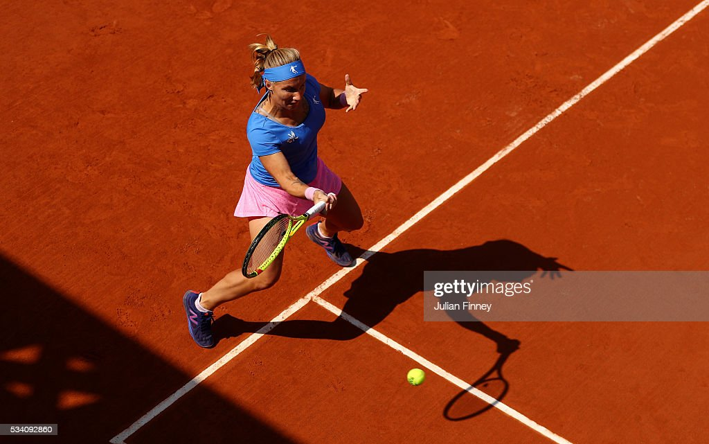 <a gi-track='captionPersonalityLinkClicked' href=/galleries/search?phrase=Svetlana+Kuznetsova&family=editorial&specificpeople=167249 ng-click='$event.stopPropagation()'>Svetlana Kuznetsova</a> of Russia plays a forehand during the Women's Singles second round match against Heather Watson of Great Britain at Roland Garros on May 25, 2016 in Paris, France.