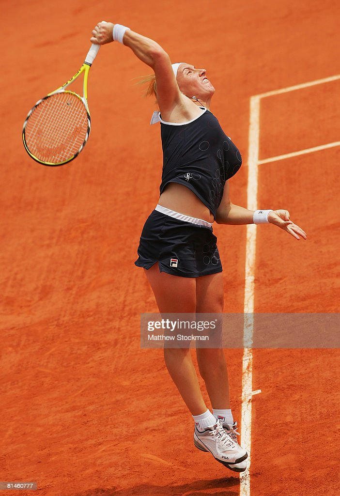 Svetlana Kuznetsova of Russia serves during the Women's Singles Semi Final match against Dinara Safina of Russia on day twelve of the French Open at Roland Garros on June 5, 2008 in Paris, France.