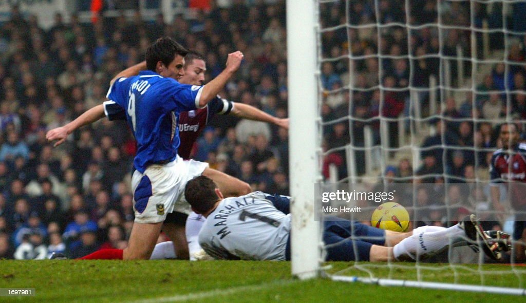 Svetoslav Todorov Of Portsmouth Forces The Ball Home Past Andy Marshall Ipswich During Nationwide