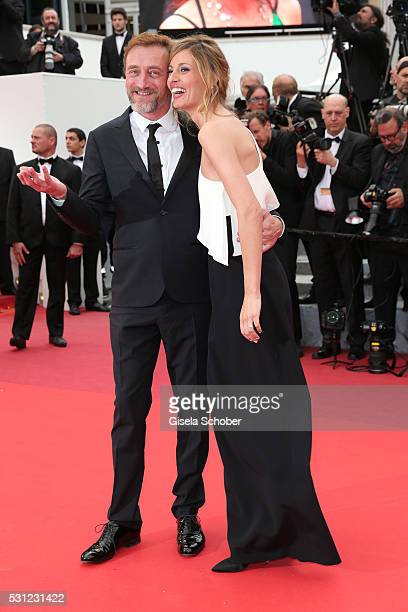 Sveva Alviti and JeanPaul Rouve attend the 'Slack Bay ' premiere during the 69th annual Cannes Film Festival at the Palais des Festivals on May 13...