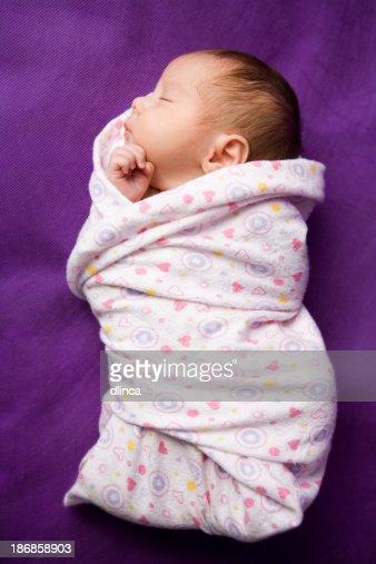 swaddled 新生児-フルレングスの画像