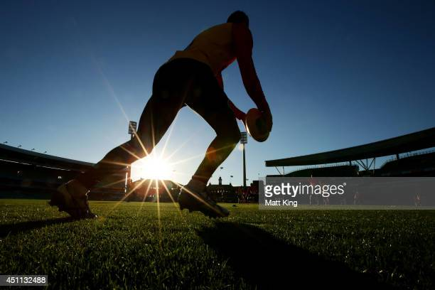 Swans players train during a Sydney Swans AFL training session at Sydney Cricket Ground on June 24 2014 in Sydney Australia