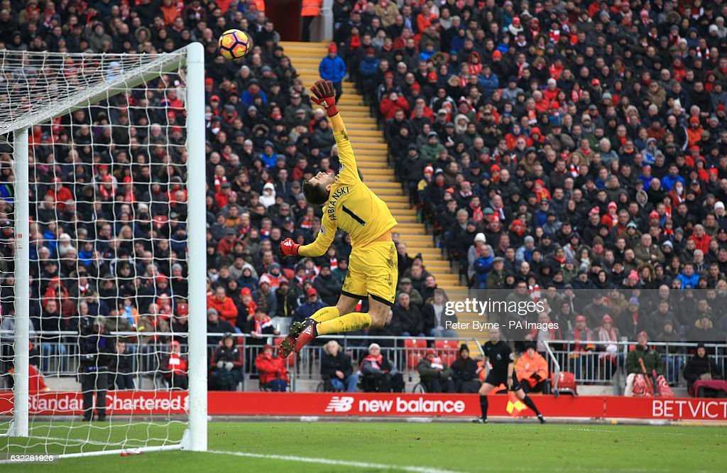 Liverpool v Swansea City - Premier League - Anfield : News Photo