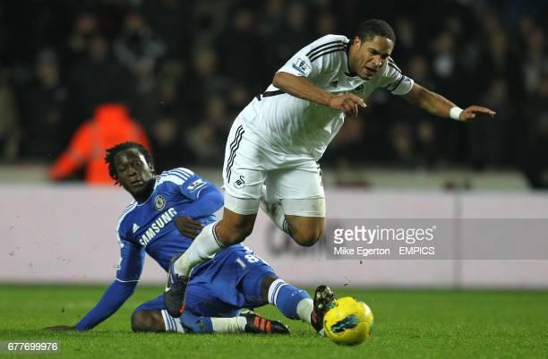 Swansea City's Ashley Williams and Chelsea's Romelu Lukaku