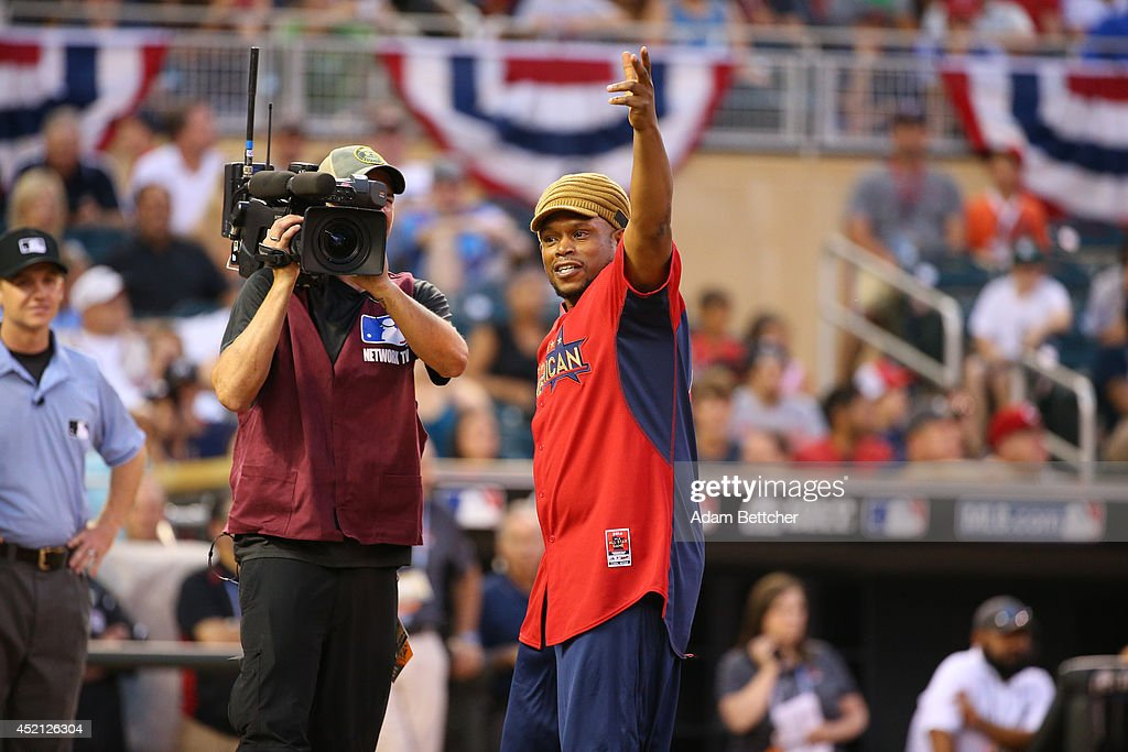 Sway gets the fans excited at the 2014 MLB All-Star legends and celebrity softball game on July 13, 2014 at the Target Field in Minneapolis, Minnesota.