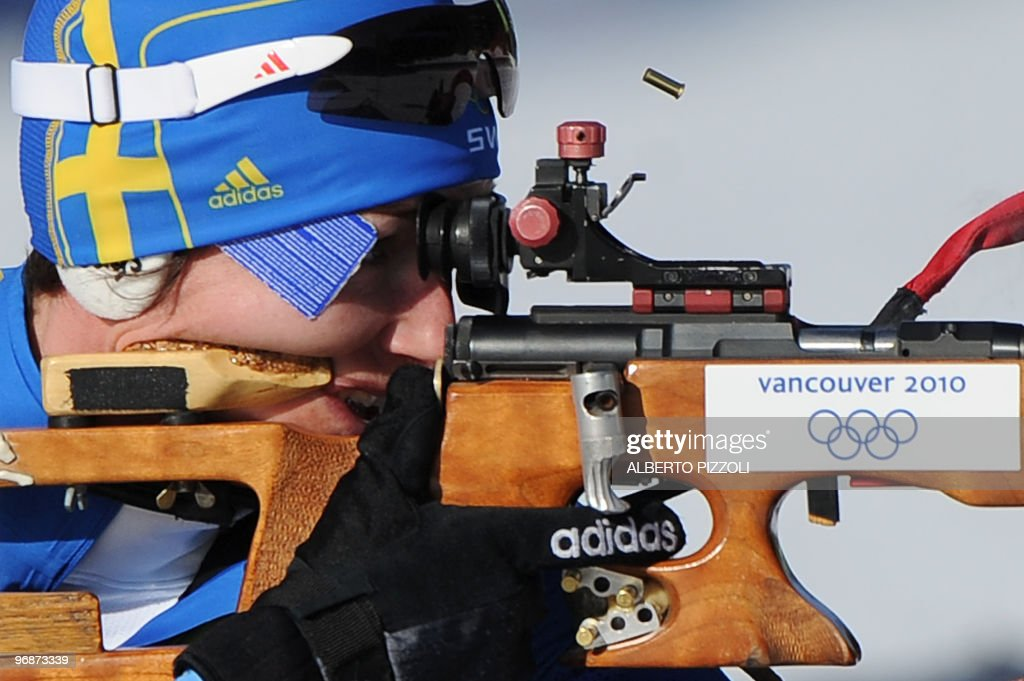 Sweden's Anna Carin Olofsson-Zidek competes in the women's Biathlon 15 km individual at the Whistler Olympic Park during the Vancouver Winter Olympics on February 18, 2010. AFP PHOTO / ALBERTO PIZZOLI