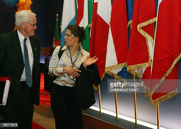 Sweden's Crown Princess Victoria arrives with unidentified Swedish official for a visit to EU headquarters in Brussels 06 December 2007 AFP PHOTO /...