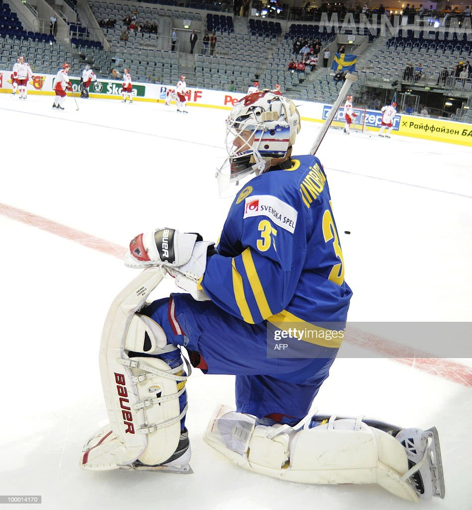 Sweden's goalkeeper Anders Lindback warms up before the IIHF Ice Hockey World Championship quarter-final match Sweden vs Denmark in the southern German city of Mannheim on May 20, 2010. The 2010 IIHF Ice Hockey World Championships are taking place in Germany from May 7 to 23, 2010.