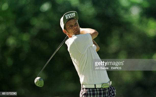 Sweden's Jesper Parnevik drives off the 16th tee at Southern Hills golf course during the 2nd round