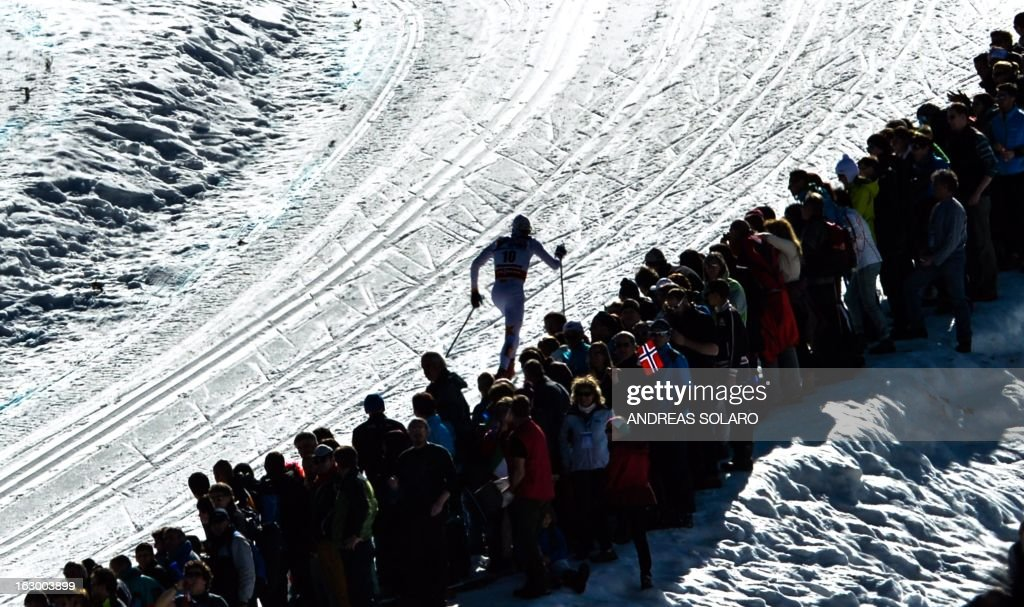 Sweden's Johan Olsson competes on March 3, 2013 during the Men's Cross Country 50km race of the FIS Nordic World Ski Championships at Val Di Fiemme Cross Country stadium in Cavalese, northern Italy. AFP PHOTO / ANDREAS SOLARO