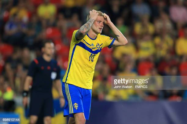 Sweden's John Guidetti dejected after a missed chance