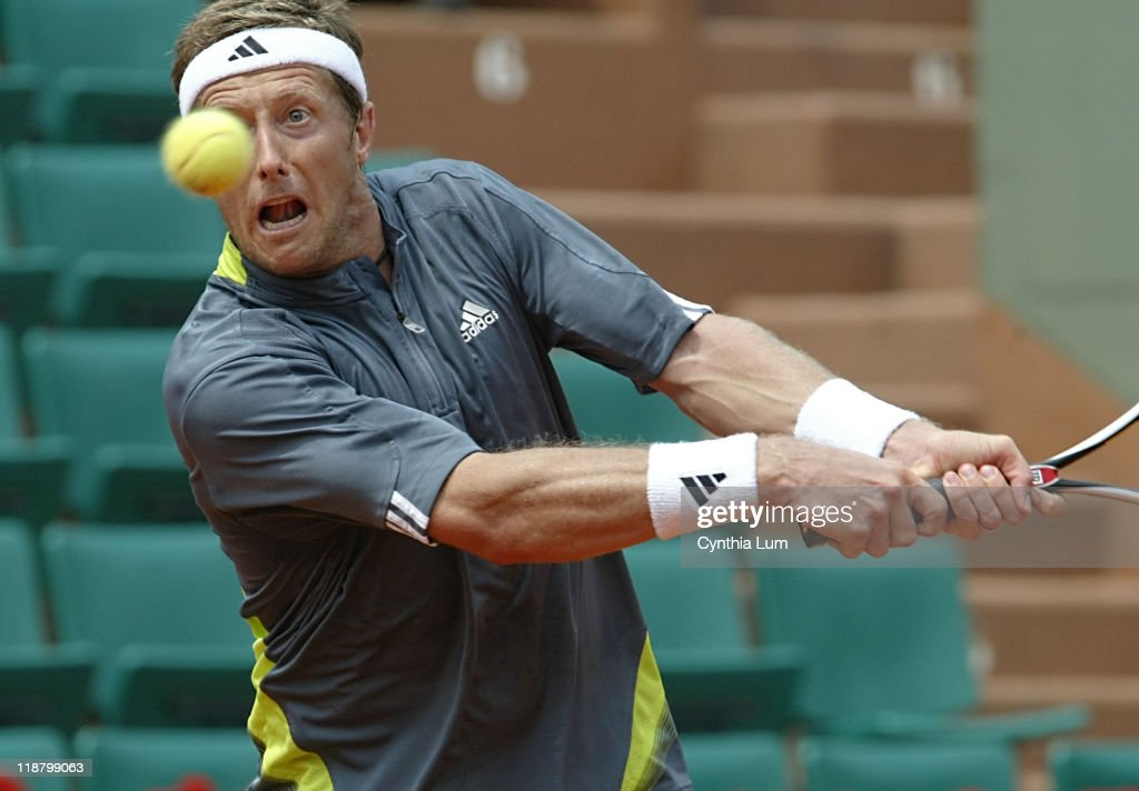 2007 French Open - Men's Singles - Fourth Round - Carlos Moya vs Jonas Bjorkman