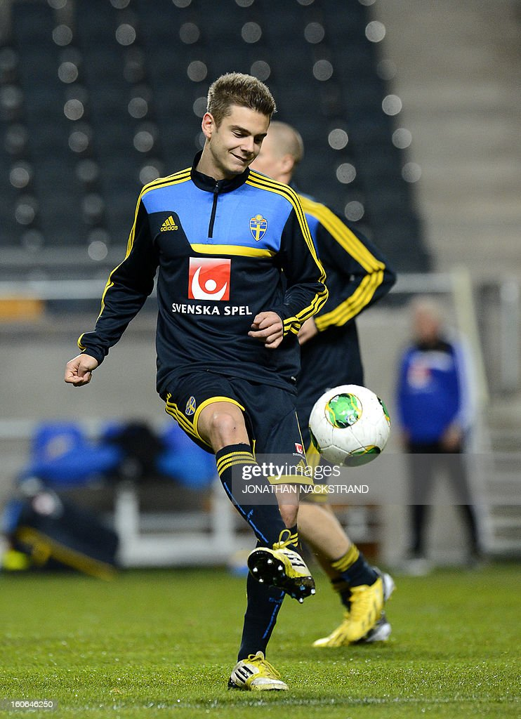 Sweden's midfielder Alexander Kacaniklic takes part in a training session of the Swedish national football team at the 'Friends Arena' in Stockholm, Sweden, on February 4, 2013 two days before the FIFA World Cup 2014 friendly match Sweden vs Argentina.