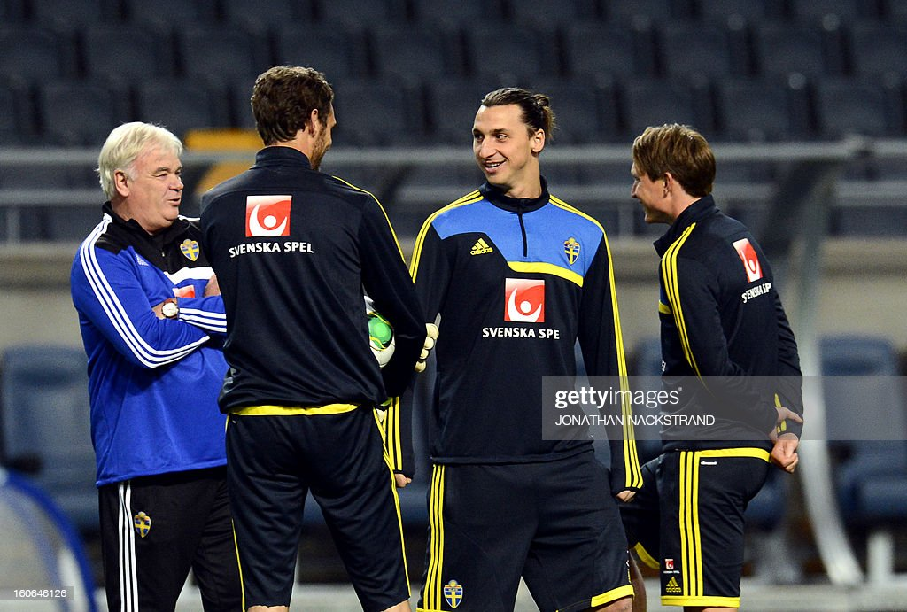 Sweden's midfielder Kim Kallstrom (R), forward Zlatan Ibrahimovic (2ndR) and goalkeeper Andreas Isaksson (2ndL) take part in a training session of the Swedish national football team at the 'Friends Arena' in Stockholm, Sweden, on February 4, 2013 two days before the FIFA World Cup 2014 friendly match Sweden vs Argentina.