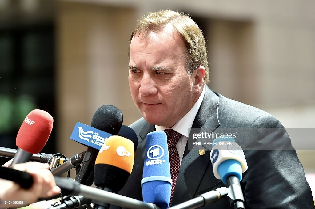 Sweden's Prime minister Stefan Lofven arrives before an EU summit meeting on June 28, 2016 at the European Union headquarters in Brussels. / AFP / PHILIPPE