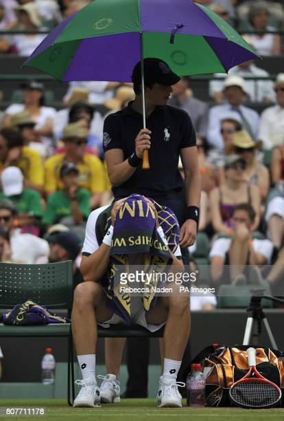 Sweden's Robin Soderling takes a break after winning the first set during his match against Spain's Marcel Granollers
