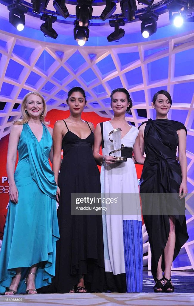 Swedish actress Alicia Vikander (2nd R), Iranian actress Golshifteh Farahani (2nd L), French actress Marion Cotillard (R) and American actress Patricia Clarkson pose for a photograph during the 13th Marrakech International Film Festival on December 7,2013 in Morocco. Swedish Alicia Vikander (2nd L) has won the Best Actress Award on the last day of the 13th Marrakech International Film Festival December 7, 2013, Morocco.
