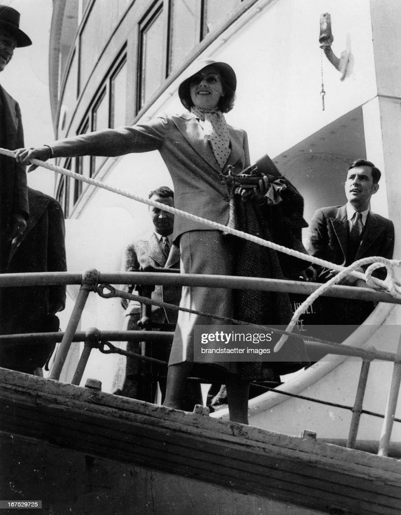 Swedish actress Greta Garbo returns to America April 30th 1933 Photograph Die schwedische Schauspielerin Greta Garbo kehrt nach Amerika zurück...