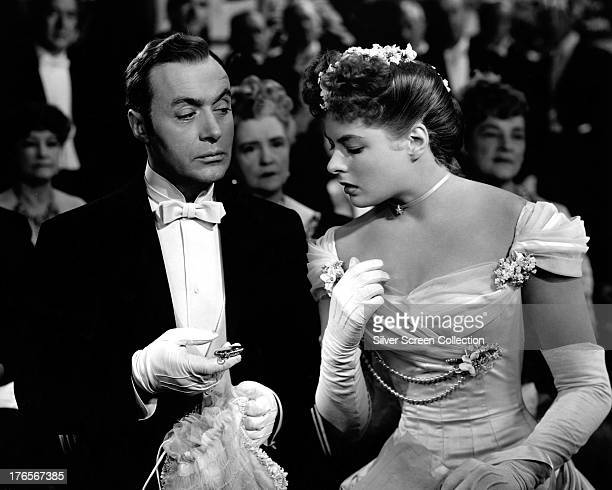 Swedish actress Ingrid Bergman as Paula Alquist Anton and Charles Boyer as Gregory Anton in 'Gaslight' directed by George Cukor 1944