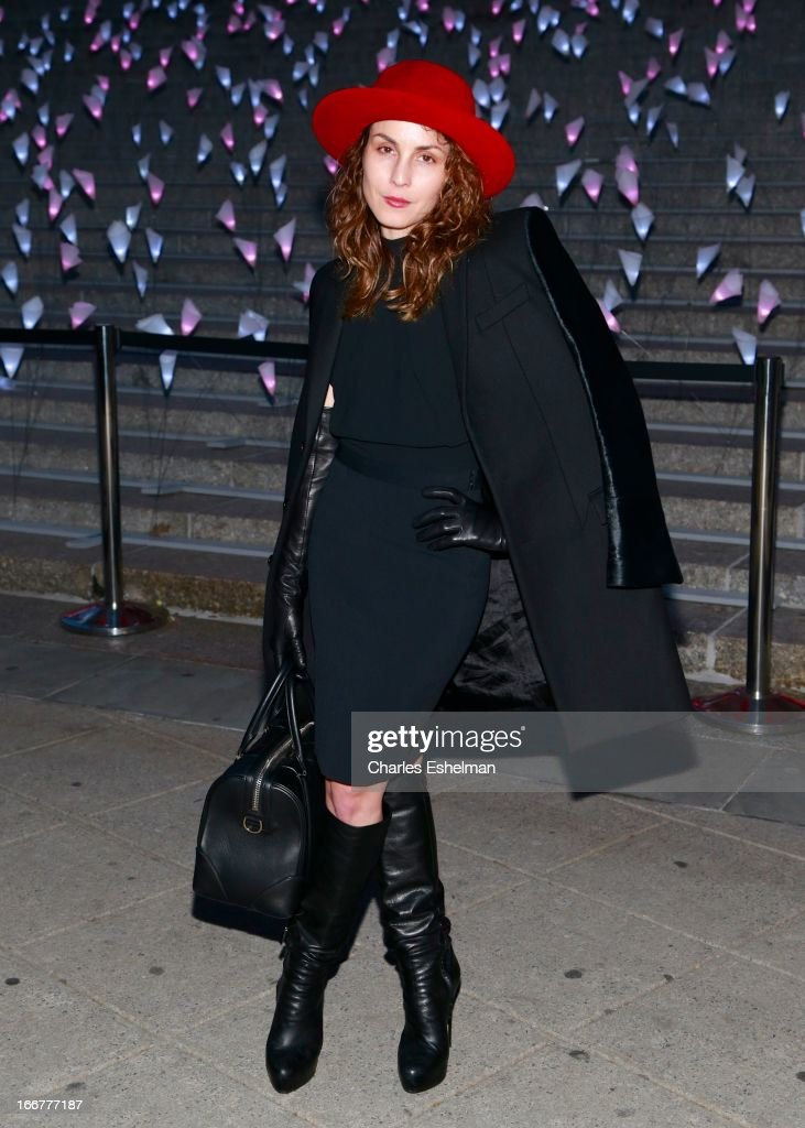 Swedish actress <a gi-track='captionPersonalityLinkClicked' href=/galleries/search?phrase=Noomi+Rapace&family=editorial&specificpeople=4522889 ng-click='$event.stopPropagation()'>Noomi Rapace</a> attends the Vanity Fair Party during the 2013 Tribeca Film Festival at the State Supreme Courthouse on April 16, 2013 in New York City.