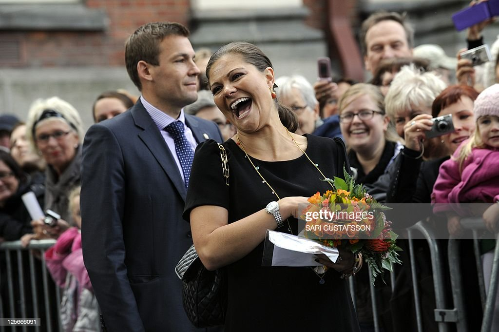 Swedish Crown Princess Victoria (R) meets a crowd at a marketplace in Turku on September 20, 2011. The Swedish princess and her husband are on a two-day visit to Turku, the 2011 European Culture Capital. OUT -