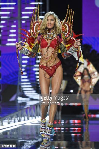 Swedish model Elsa Hosk presents the 'Crystal Anniversary' Swarovski outfit during the 2017 Victoria's Secret Fashion Show in Shanghai on November 20...